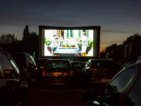 Openluchtfilm: Drive-in movie